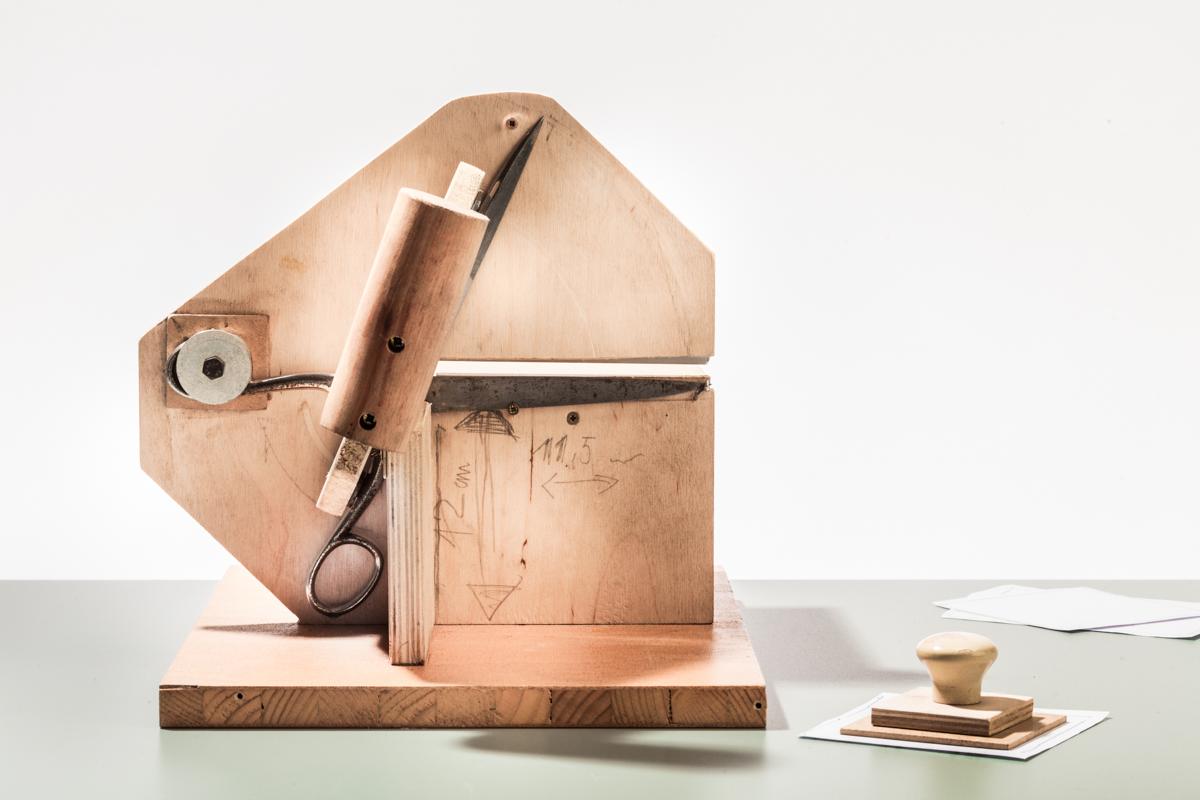 Einzelzettelschneidmaschine Holz 1