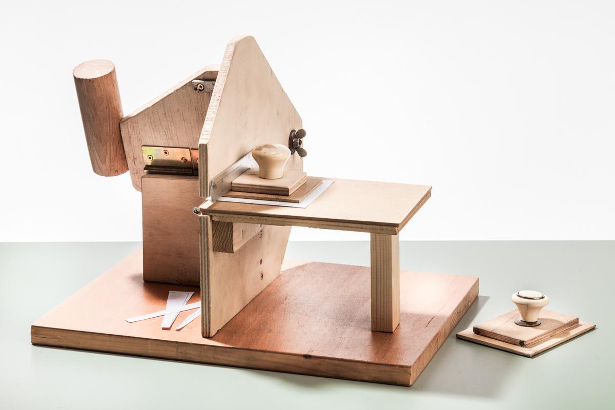 Einzelzettelschneidmaschine Holz 3